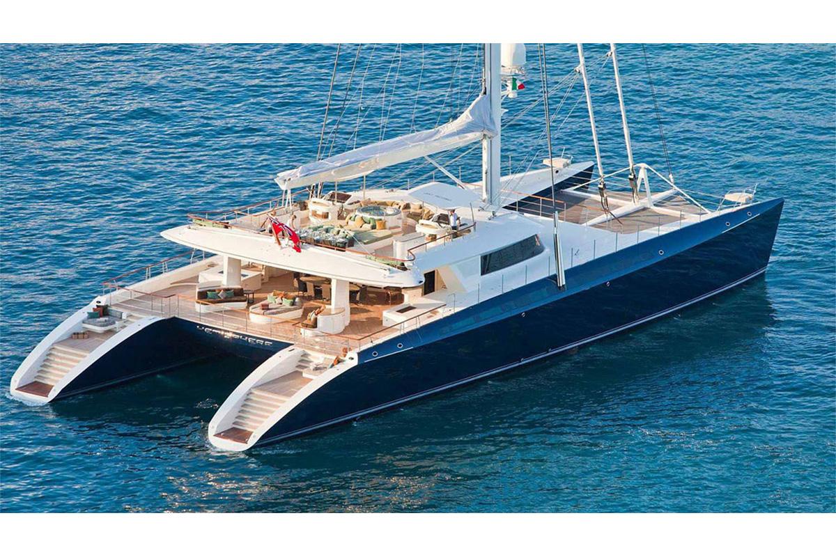 Luxury sailing catamaran charter south pacific
